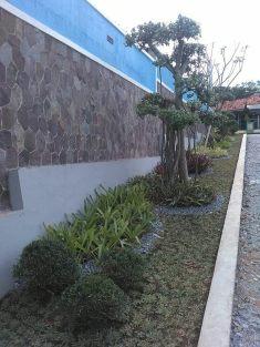Taman Sisi Kiri