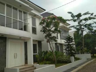 Villa Awatara - Front View