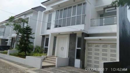 Villa Awatara - Tampak Depan